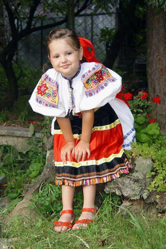 Dolne Madonice - Slovak National costume