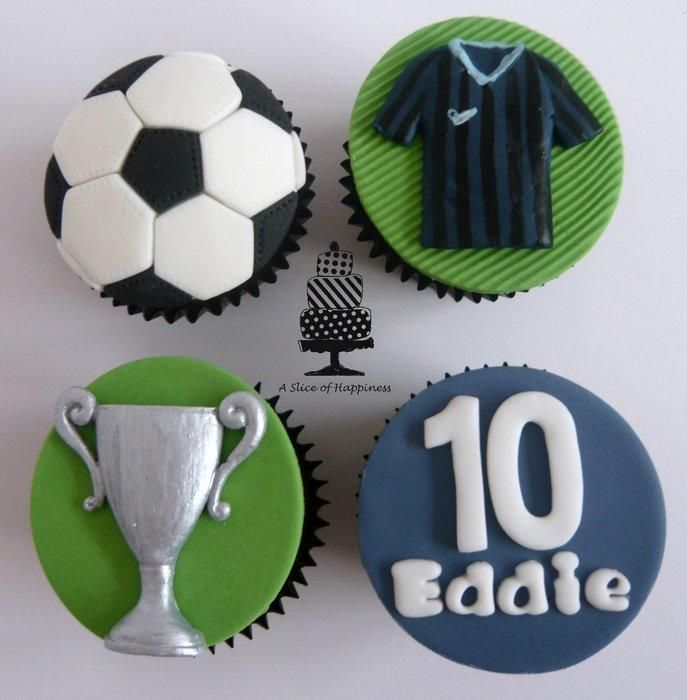 Football Cupcakes - Cake by Angela - A Slice of Happiness