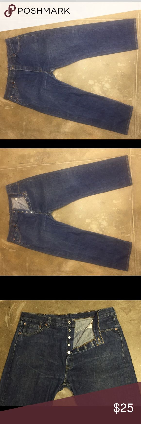 Levi's 501 42 X 32 Jeans Button Fly Straight Leg Up for sale is a pair of Levi's classic 501 jeans in Big and Tall size 42 x 32. These are in excellent condition. Levi's Jeans Straight