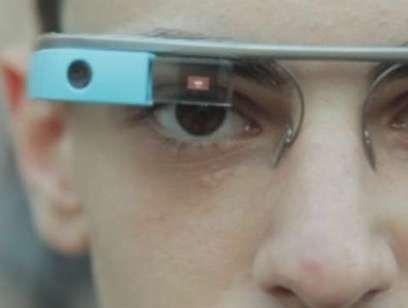 Dieci giorni coi Google Glass, indossando il futuro per le strade di Roma. Nuovi gadget elettronici per il promo-commerce turistico  con realtà aumentata e marketing di prossimità...