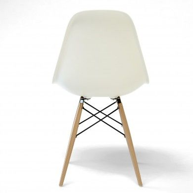 Chaises chaises d 39 appoint and charles ray eames on for Coque chaise eames