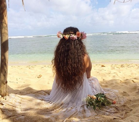 Divinity and Grace strapless vintage lace dress Photo by Tasi Boutique - Hawaii