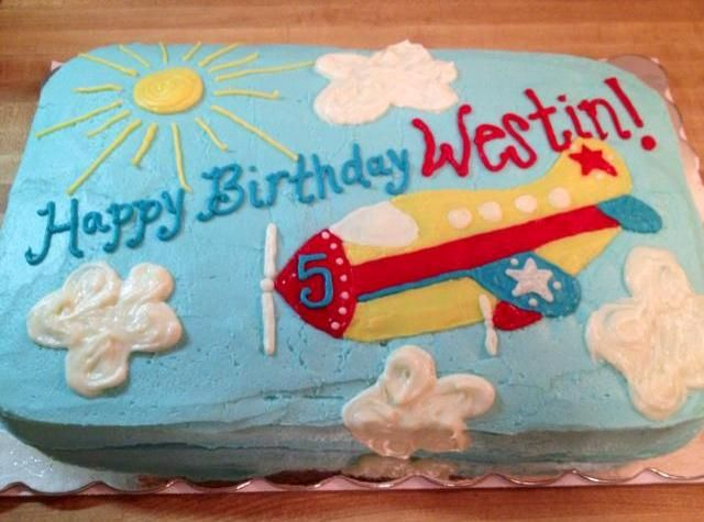 29 best Airplane cakes images on Pinterest Airplane cakes