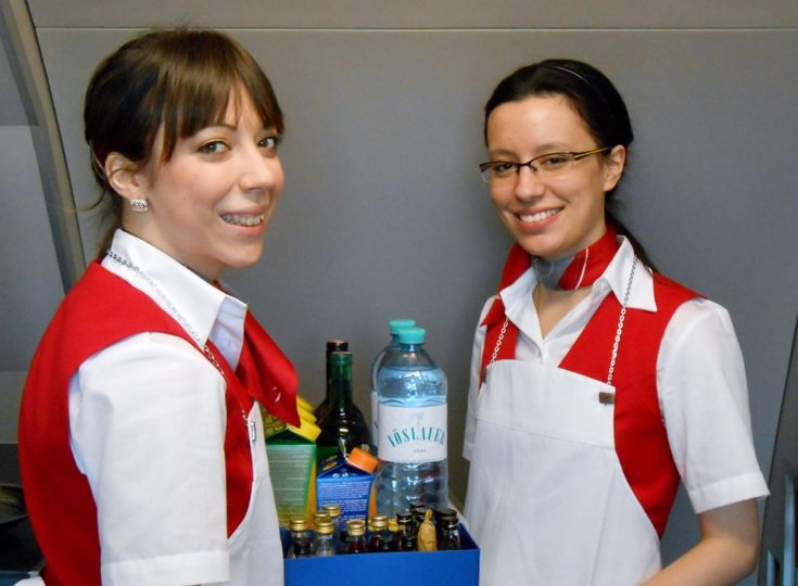 Austrian Airlines cabin crew #austrian #cabincrew | Cabin ...