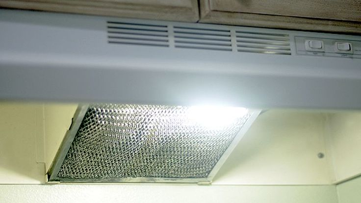 Stove hood filters are one of those things that people forget about cleaning regularly because they don't usually see them. But they can get pretty nasty, and even dangerous, if you don't take the time to clean them.