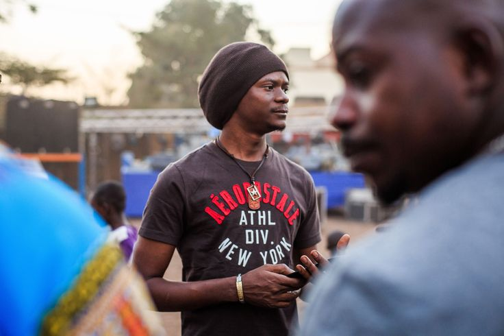 Der Rapper Master Soumy gibt den Menschen in den Armenvierteln von Bamako eine Stimme. Besonders für die junge Generation ist der systemkritische Musiker ein Idol. © Konrad Waldmann, 2016
