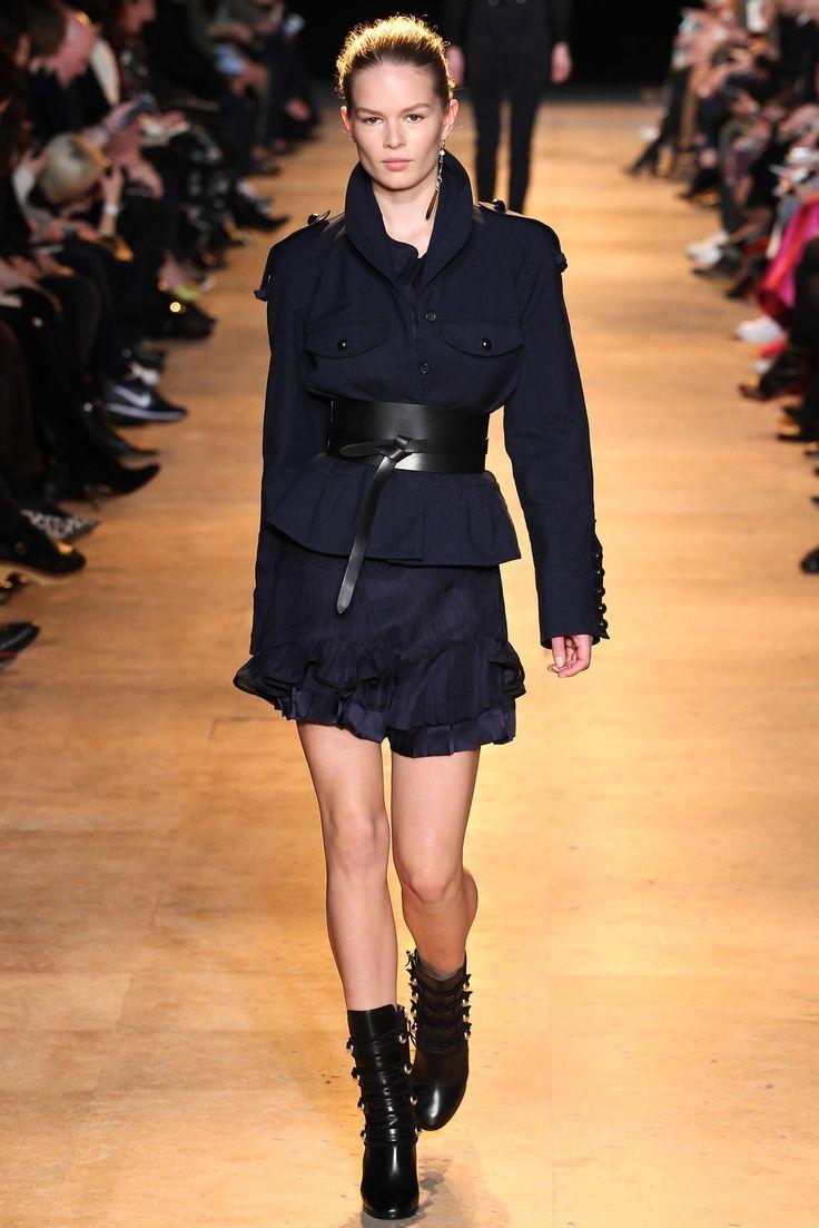 Isabel Marant Fall 2015 Ready-to-Wear Fashion Show - Aya Jones