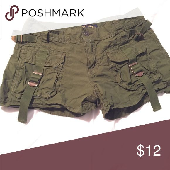 Ralph Lauren Olive Green Rugby shorts Excellent used condition. Olive Green Ralph Lauren Rugby shorts. Size 0 Ralph Lauren Shoes