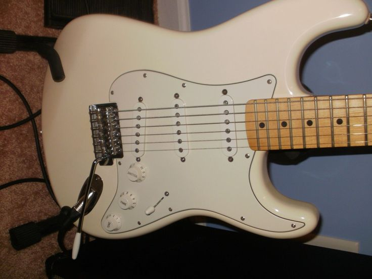 Fender strat Mexican 2010