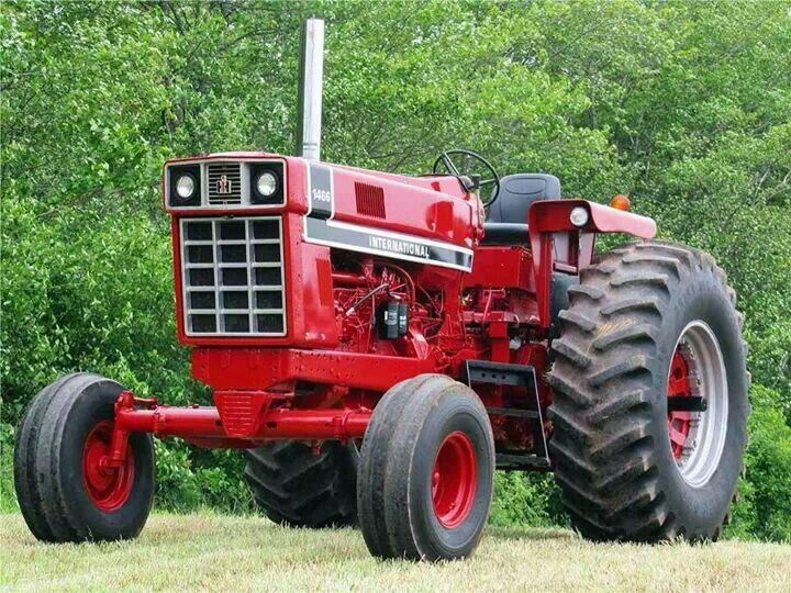 International 1466 Pulling Tractor : Best tractors images on pinterest old