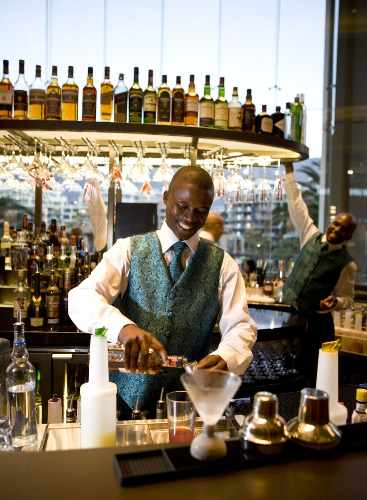 One&Only Cape Town - Vista Bar lounge