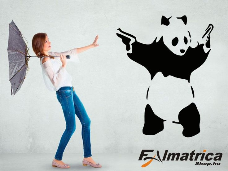 14. Panda falmatrica pisztolyokkal