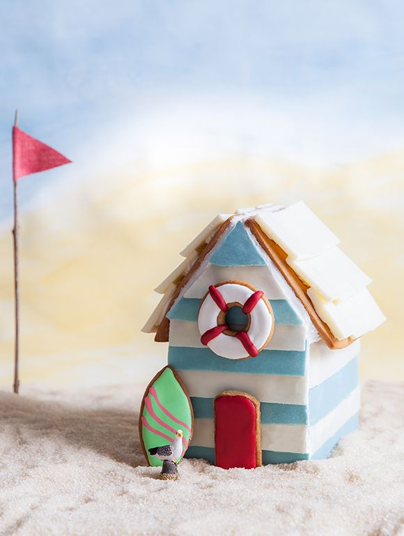 A very Aussie gingerbread beach hut! Love the tiny seagull! More great work by China Squirrel, clever girl.