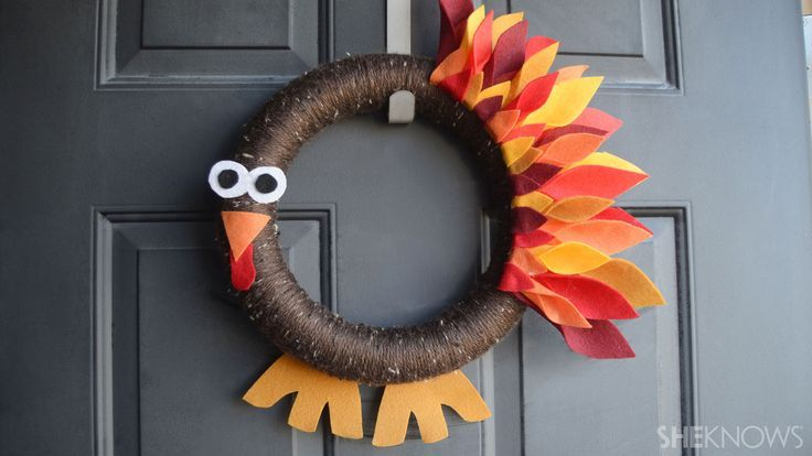 Turkey wreath, easy to make with kids