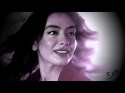 Kara Sevda~Dance Me to the End of Love... (greek subs)