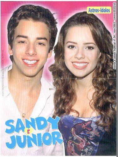 """Sandy & Junior : #1185 [b] """"O sol há de brilhar mais uma vez. A Luz há de entrar nos corações..."""" AMO  Beijos Nina @SandylaehJunior [b]   sandylaehjunior"""