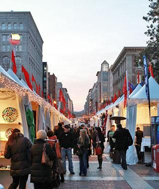 From ice cream made with liquid nitrogen to piping-hot donuts, the annual Downtown Holiday Market in Washington, D.C. turns F Street into a festive promenade.: