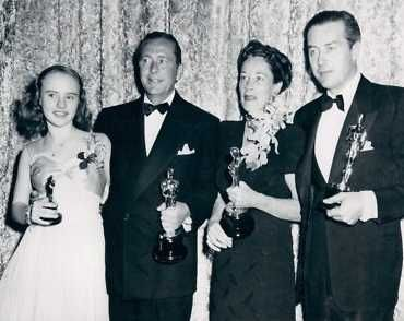 """2/05/2014 12:50pm The Academy Awards Ceremony1946: Peggy Ann Garner, Best Juvenile Performance for """"A Tree Grows in Brooklyn"""" (1945); James Dunn, Best Supporting Actor for """"A Tree Grows in Brooklyn"""" (1945); Anne Revere, Best Supporting Actress for """"National Velvet"""" (1945); Ray Milland, Best Actor for """"The Lost Weekend"""" (1945)"""