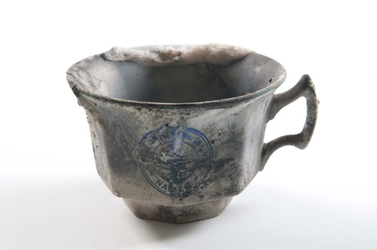 Masonic Lodge teacup damaged in the 1931 Hawke's Bay earthquake, gifted by Mrs E Grant, collection of Hawke's Bay Museums Trust, Ruawharo Tā-ū-rangi, 64/15