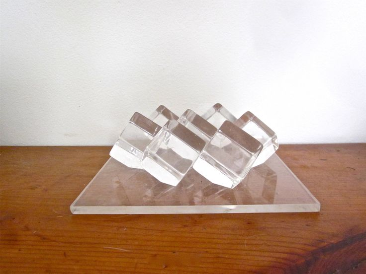 Vintage lucite plexiglass table sculpture, mod decorative object by ThatRetroGirl on Etsy https://www.etsy.com/listing/539394717/vintage-lucite-plexiglass-table