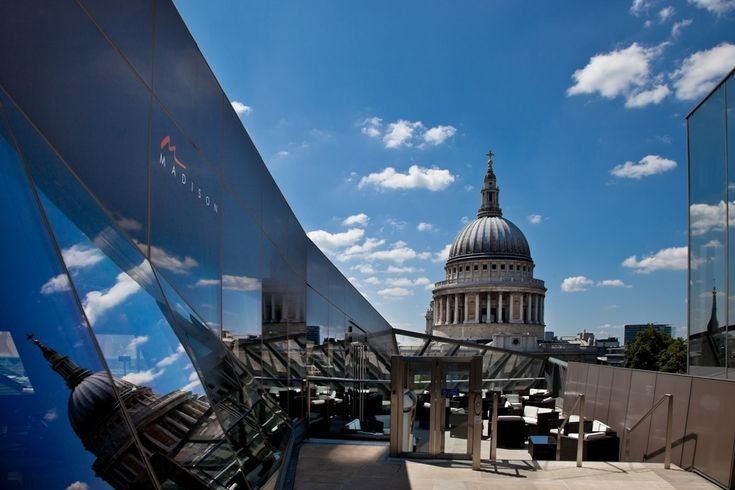 LONDON, LUNCH AT MADISON, ST PAULS