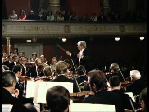 "Mahler: Symphony No. 1 ""The Titan"" / Bernstein · Vienna Philharmonic Orchestra - YouTube"