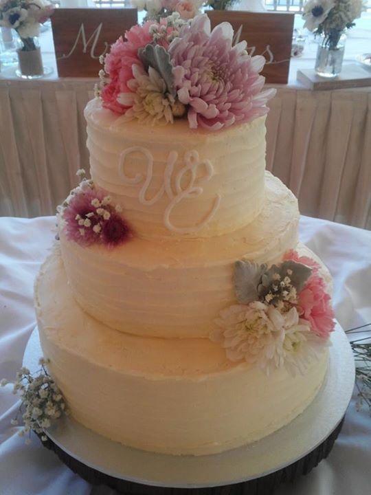 Wedding cake by 'A Sweet Tale'.