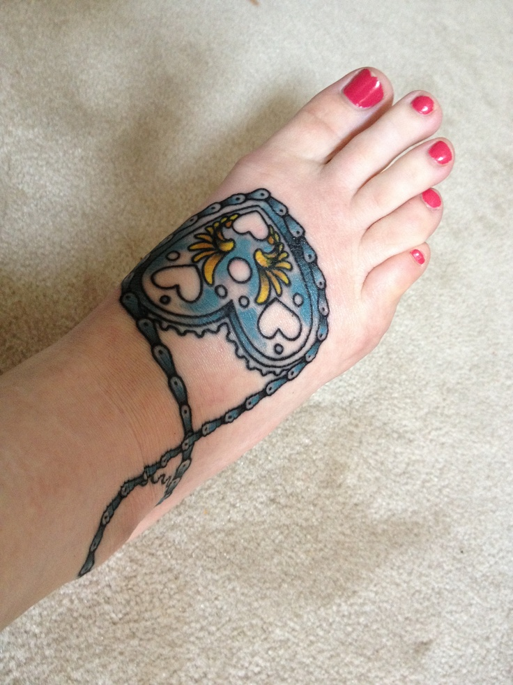 10 best cycling tattoos images on pinterest cycling tattoo bicycle tattoo and bike tattoos. Black Bedroom Furniture Sets. Home Design Ideas