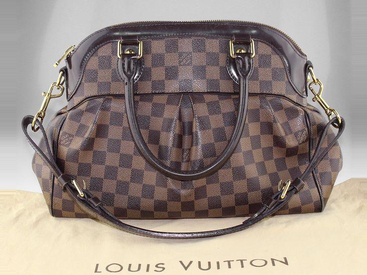 Sac à main Louis Vuitton Trevi PM en toile Damier en occasion Prix d'occasion : 999 € / Excellent état