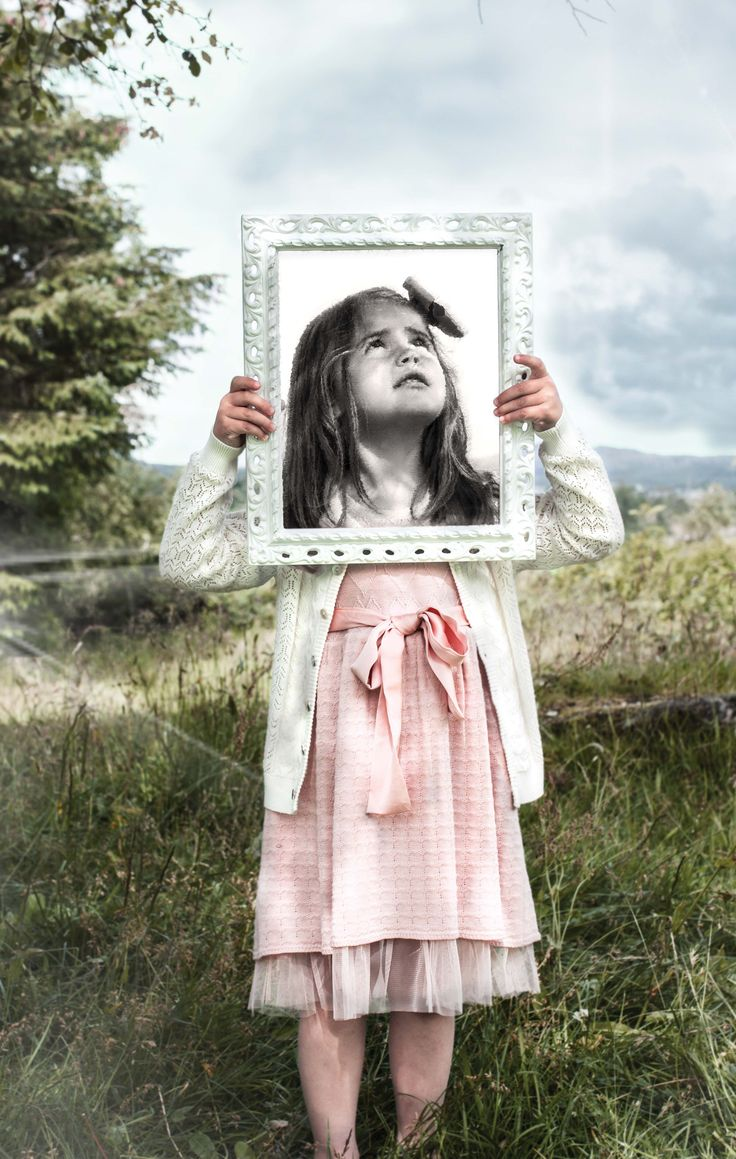 Memini children`s wear by Kristine Vikse, Norwegian design, organic cotton, baby and kids ss 2016. Baby girl, Alice in wonderland, linen, cotton, prinsessefin,  framed