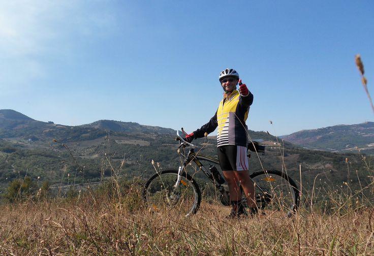 """Escursioni - ScegliLaGuida - Giuseppe Santoro, Guida Ambientale Escursionistica, #Puglia Profilo completo """"Guida Ambientale su Bovino Foggia e dintorni"""" (pag.6) : https://www.facebook.com/Escursionismoit/app_493765294042974 Escursionismo.it"""