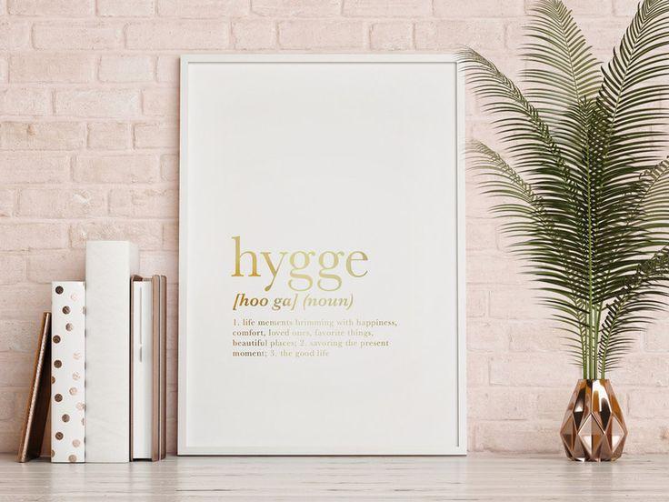 Hygge DefinitionWohnzimmer PlakatGold Typografie