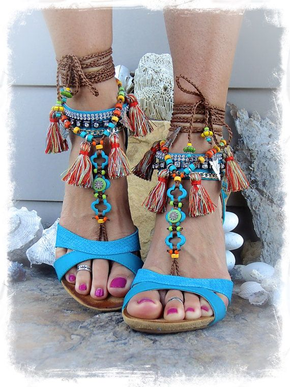 Pocahontas BAREFOOT Sandals Tribal Tassel Fringe sandal colorful Photoshoot props Native foot jewelry Bohemian Beach Woodland Wedding GPyoga