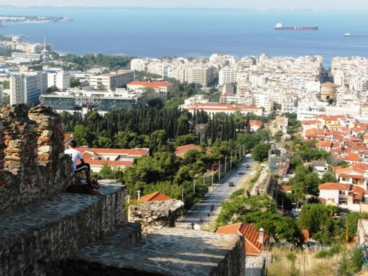Thessaloniki #Greece in Natl Geographic top 10 nightlife cities in the world! http://travel.nationalgeographic.com/travel/top-10/nightlife-cities/ …  @VisitHalkidiki