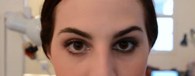 Use a maquiagem do dia como base para o make noite. | 26 truques rápidos de maquiagem que vão facilitar a sua vida