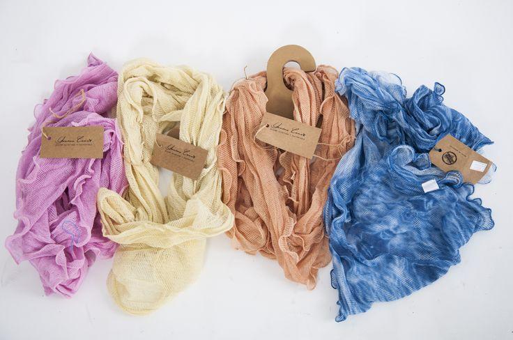 Chalinas Aneley 100% Algodón Teñidas con Tintes Naturales # Naturales # Artesanales #Exclusivas# Rosa: Cochinilla Amarillo: Yarba Mate Naranja: Cebolla Azul: Indigo
