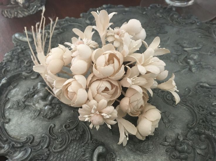 fabric flowers-white flowers