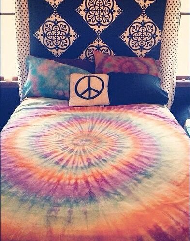 Custom Tie Dye Bed Sheet Sets and Pillow Cases plan on doing a pillow case like this