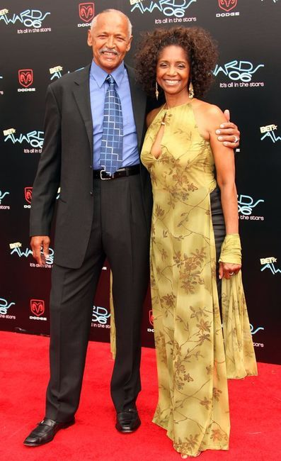 Margaret Avery with cool, Single