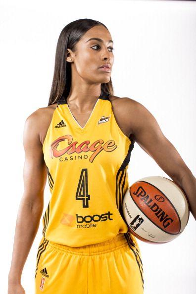 Ms Skylar Diggins of the WNBA's Tulsa Shock