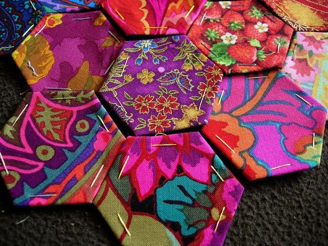 hexagon quilts | Hexies 2 by Nicky Perryman, via Flickr
