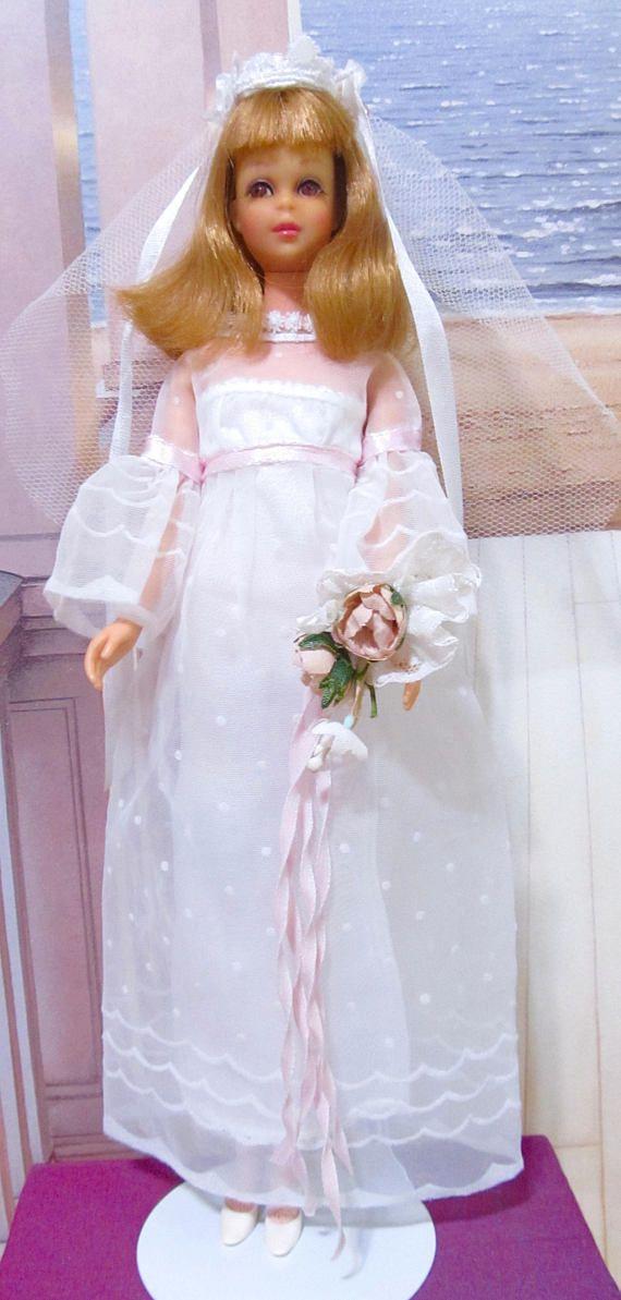 Francie barbie wedding dress