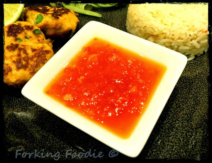 Sweet Chilli Sauce - who can resist dipping into it?! 60 calories a serving, includes Thermomix method as well as on the hob.