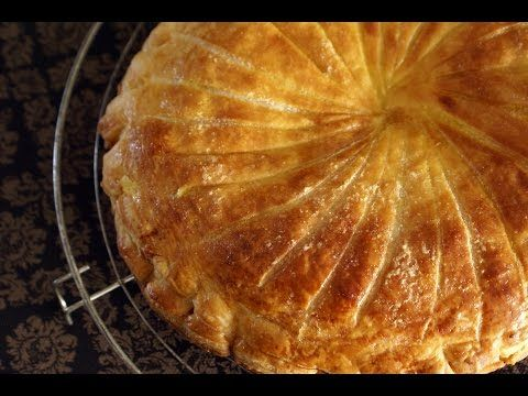 French kings cake (northern style) - epiphany cake - la galette des rois ou pithivier in english par Chef Simon