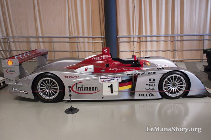 Audi R8 LMP900 2002 Ultimate Racing History Le Mans Car Museum