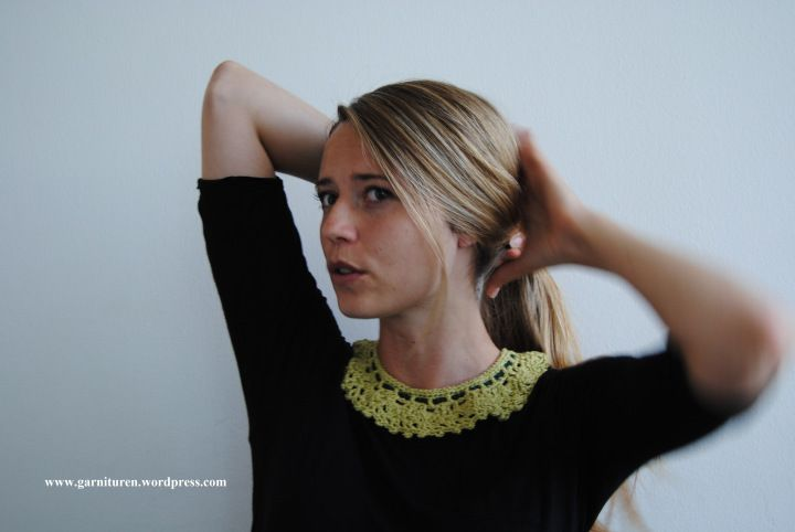 Crochet collar pattern with diagram