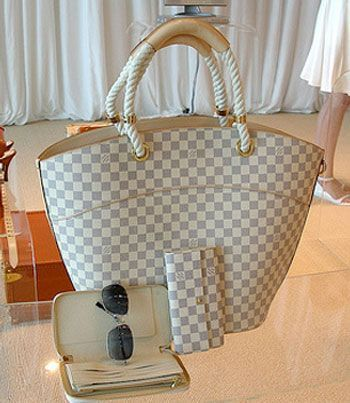 LV Pampelonne in Damier Azur : Beach Bag choice #2.  Hard to find this one on cosignment