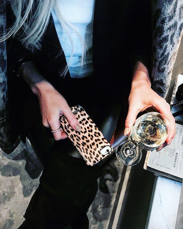 iDeal Of Sweden Fashion Case 'Wild Leopard' pic by: @alicesoderholm #idealofsweden #phonecase #iphone #fashion #details #leopard #details