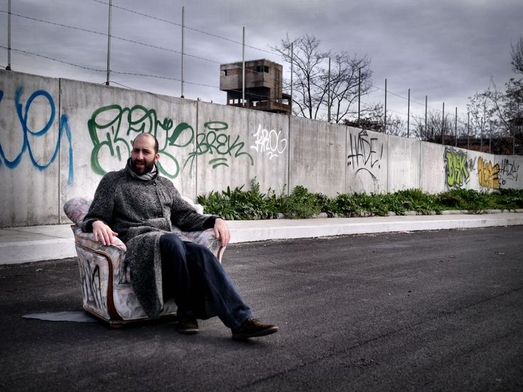 With my friend Vins, in Roma, Italy. Photo by me
