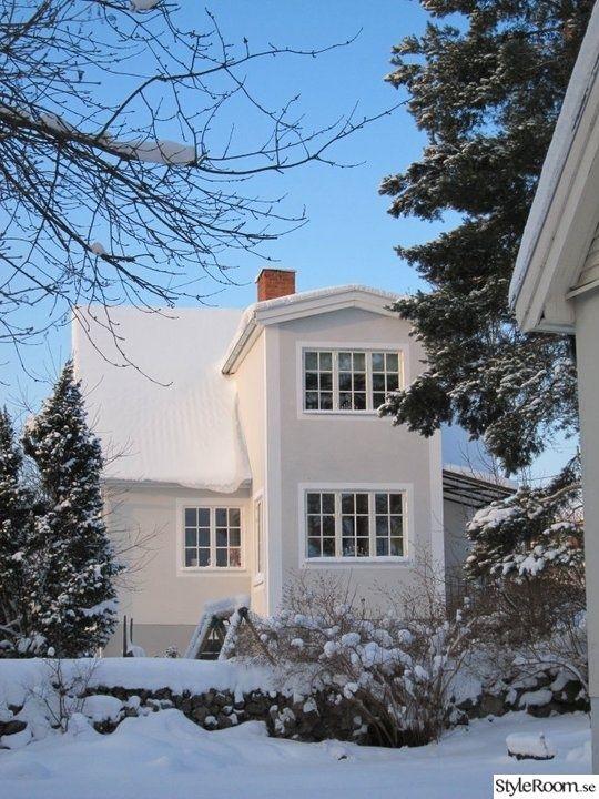 Huset före. Gammalt 20-talshus som fick sig en renovering på 50-talet.